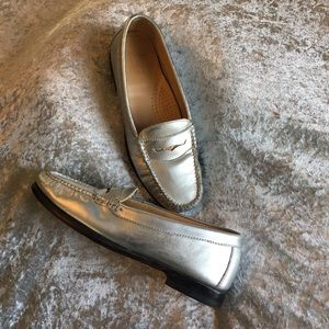 Bass metallic leather loafers